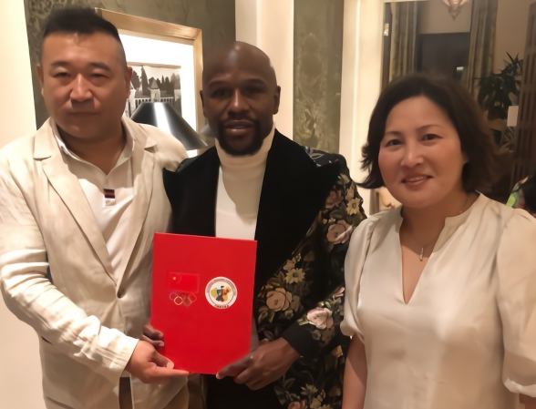 破次元壁!传奇拳王梅威瑟出任中国拳击队特别顾问