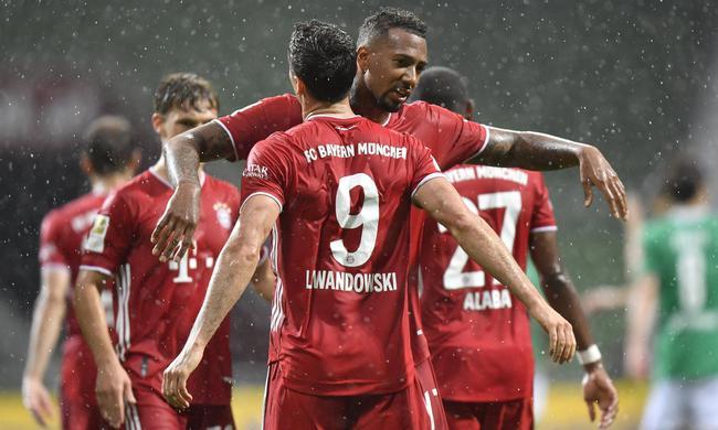 拜仁8连冠刷新德甲历史 追平五大联赛最长连冠纪录
